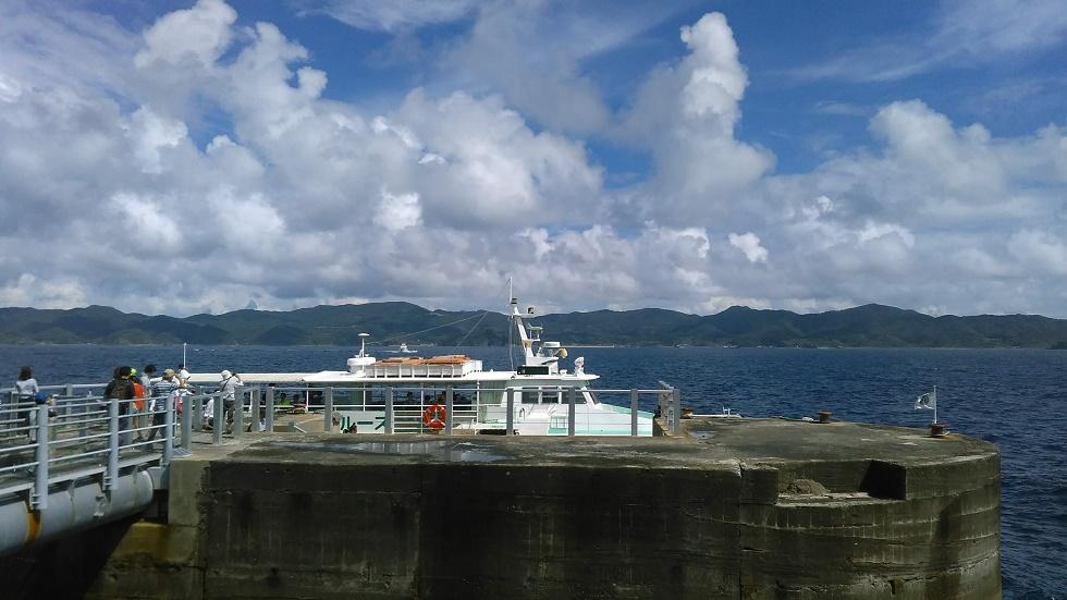 軍艦島クルーズ船